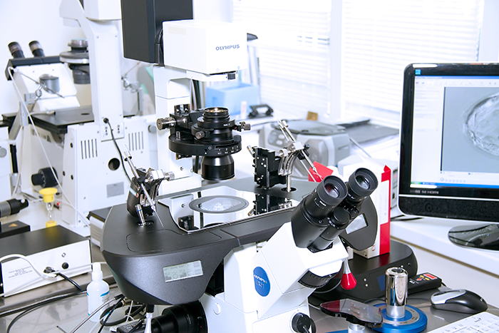 Микроскоп для проведение оплодотворения эмбриона