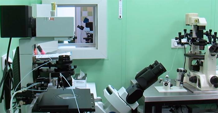 Лаборатория в клинике для провидения манипуляций связанных с ЭКО, ИКСИ
