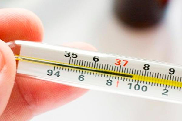 Субфебрильная температура - один из признаков замирания ЭКО беременности