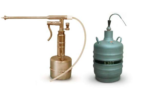 Криозонд и бак с жидким азотом для криодеструкции шейки матки
