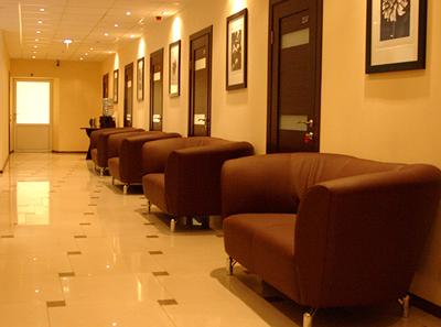 Холл в клинике репродукции «VitaNova» (Москва)