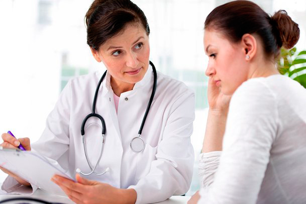 Консультация с врачом перед проведением процедуры инсеминации в домашних условиях