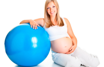 Зарядка для беременных на 1, 2, 3 триместре в домашних условиях