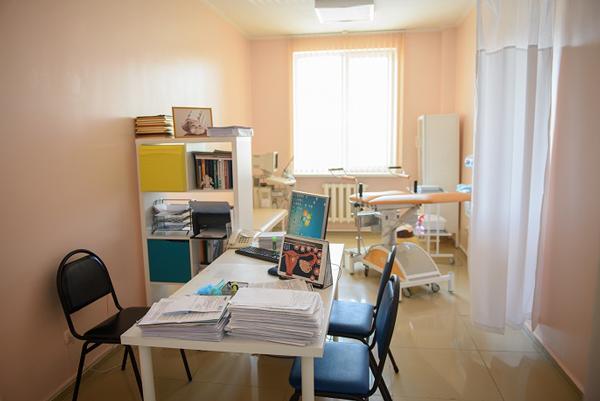 Кабинет гинеколога в медицинском центре «Астана ЭКОЛАЙФ»