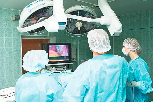 Операционная в Сургутском клиническом перинатальном центре