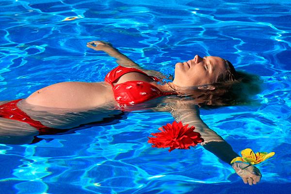 Плаванье беременной в бассейне на сроке 20 недель