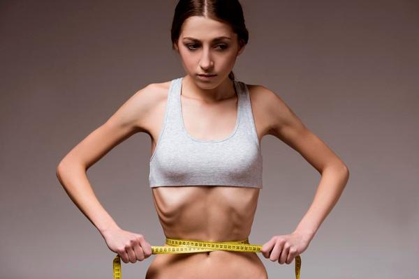Первичное женское бесплодие из-за низкого веса