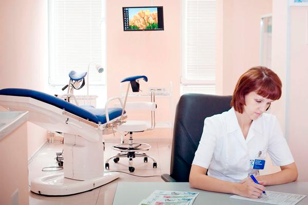 Регулярное посещение гинеколога для предотвращения проблемы бесплодия