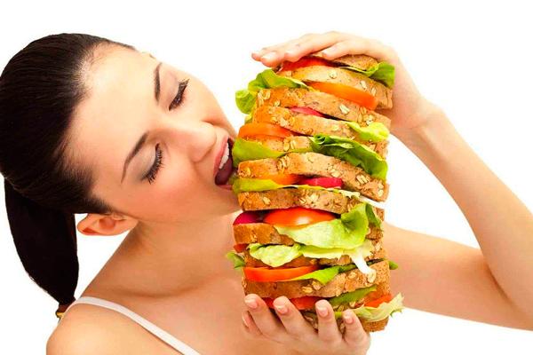 Повышенный аппетит, как один из симптомов наступления беременности