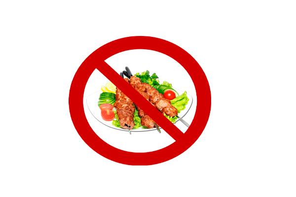 Запрет на жареную, острою, жирную пищу для устранения изжоги желудка