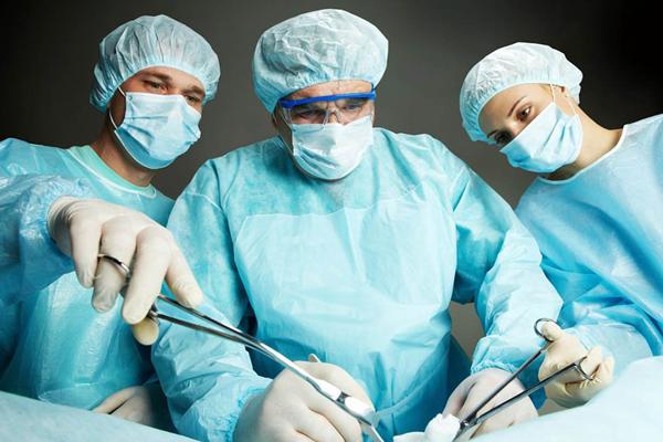 Недавно перенесенная операция на шейке матки, как одно из противопоказаний к наложению швов
